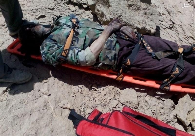 تلاش ۳ساعته اورژانس هوایی برای نجات پیرمرد چوپان +عکس
