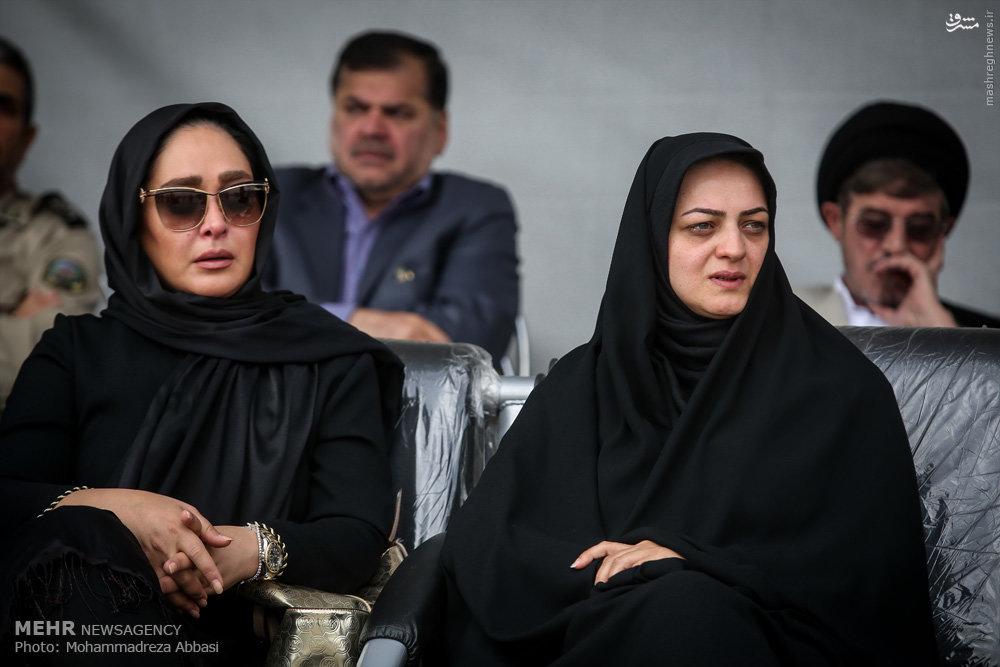 عکس/ الهام حمیدی در مراسم تشییع همسر شهید بابایی