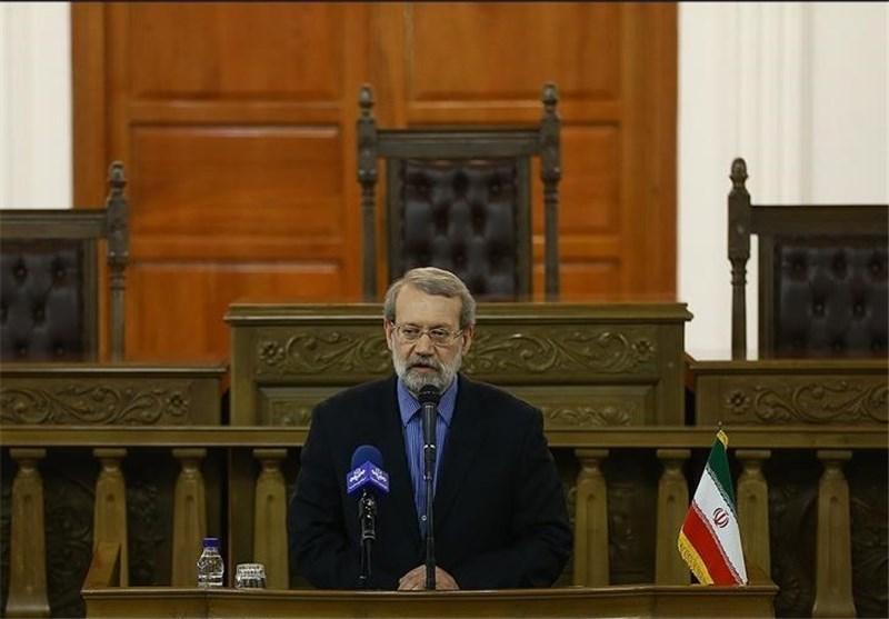 آغاز نشست حامیان لاریجانی با حضور 182 نماینده