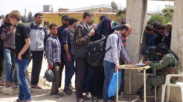 فرار ساکنین شمال حلب به مناطق کردنشین+عکس