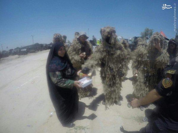 حضور مادر شهید عراقی در جبهه فلوجه+عکس