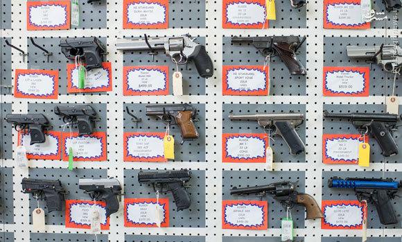 قتلعام مردم فرصتی طلایی برای صنعت اسلحهسازی آمریکاست +فیلم و عکس