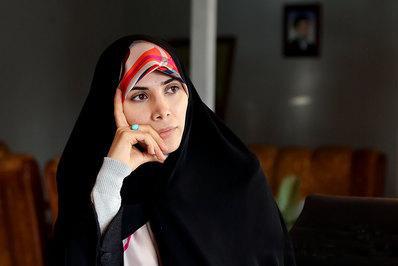 استفاده خانوادگی دختر صفدر حسینی از تریبون مجلس برای فرار از پاسخگویی + فیلم
