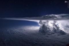 عکس/ صحنهای خارقالعاده که توسط یک خلبان شکار شد