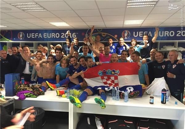 حال و هوای نیمکت کرواسی بعد از پیروزی تاریخی+عکس