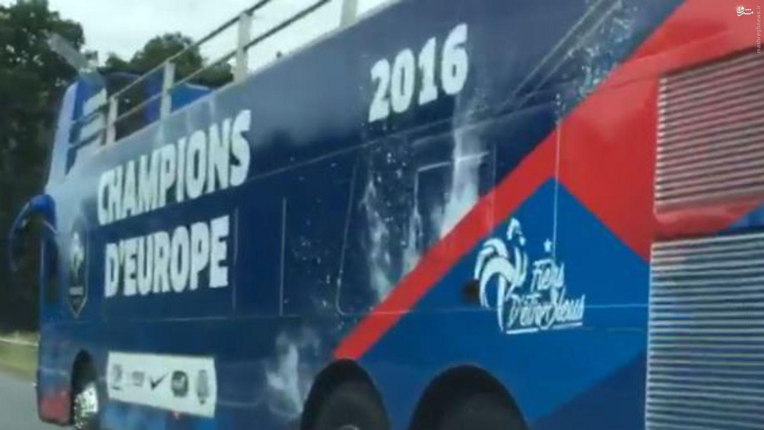 عکس/ فرانسه اتوبوس قهرمانیاش را هم آماده کرده است