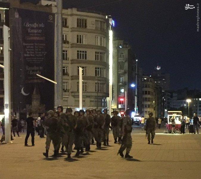 كودتا در تركيه/ استقرار تانکهای ارتش در شهر/ تلویزیون و فرودگاهها در تصرف کودتاچیان/ انتقال اردوغان به مکانی نامعلوم + تصاویر
