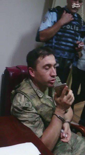 جنگ شهری در آنکارا / بازداشت تعدادی از کودتاگران/ فرودگاه آتاتورک در تصرف هواداران اردوغان/ 17 پلیس کشته شدند + تصاویر و فیلم