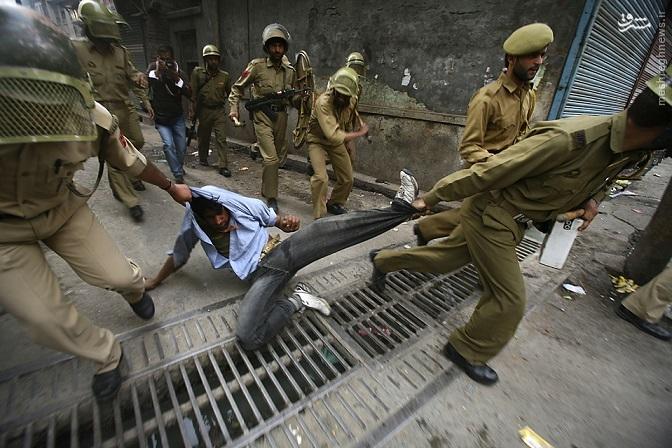تداوم یک هفته درگیری و خشونت در کشمیر + تصاویر