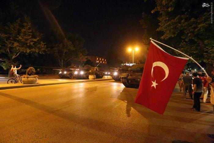 چرا اردوغان به استانبول رفت/ تاثیر این کودتا بر تحولات سوریه چیست؟/ «گولن» دشمن خیالی اردوغان است/ سعودیها در کودتا نقشی نداشتند/ اماده انتشار فوری