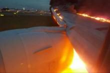 فیلم/ هواپیمای سنگاپوری در هنگام فرود آتش گرفت