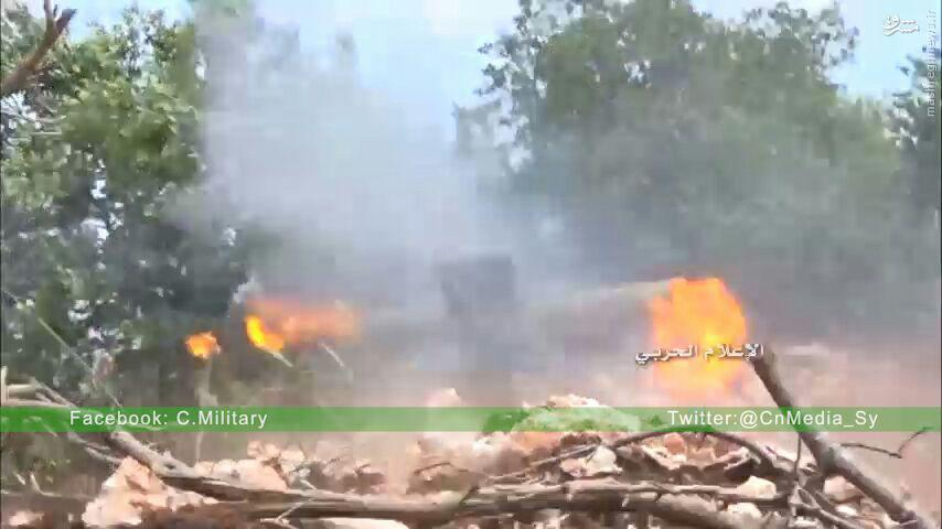 پیشروی کوبنده ارتش در شمال حلب/هجوم ناکام تروریستهای چینی به شمال لاذقیه/جنون رسانه ای تروریستها از بازدید اسد/ادامه نبردها در غوطه شرقیه/سرقت نیروگاه برق حماه توسط ترکیه!/تکذیب ورود کردها به منبج