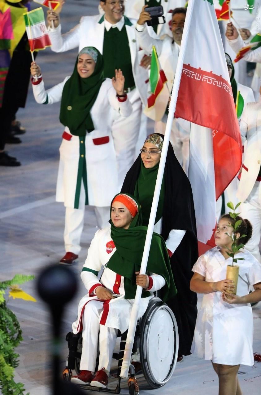 عکس/ رژه ورزشکاران ایرانی در افتتاحیه المپیک