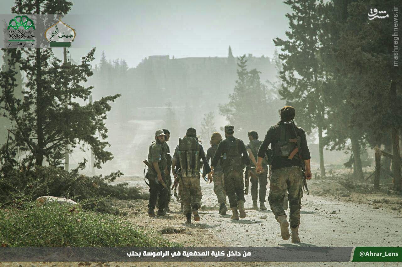 سیطره تروریستها بر بخش اعظم پادگان راموسه حلب+عکس