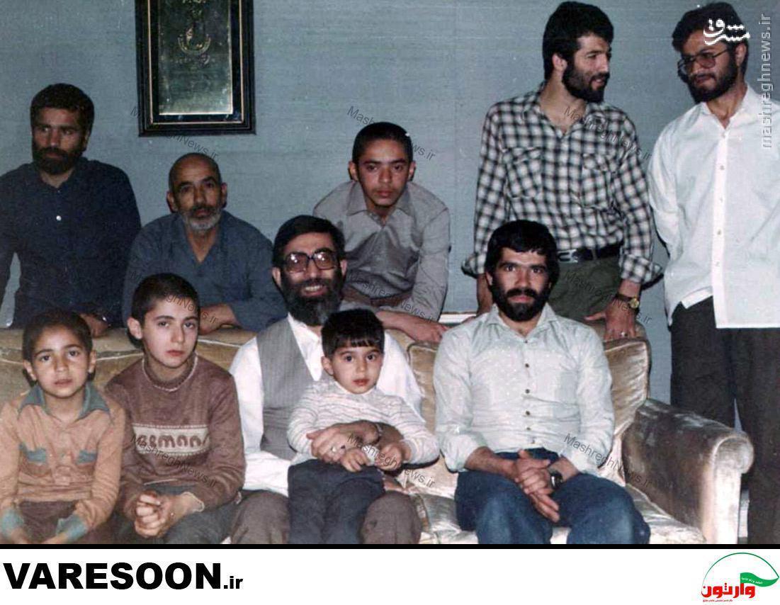 تصویر منتشر نشده رهبر انقلاب و فرزندانشان