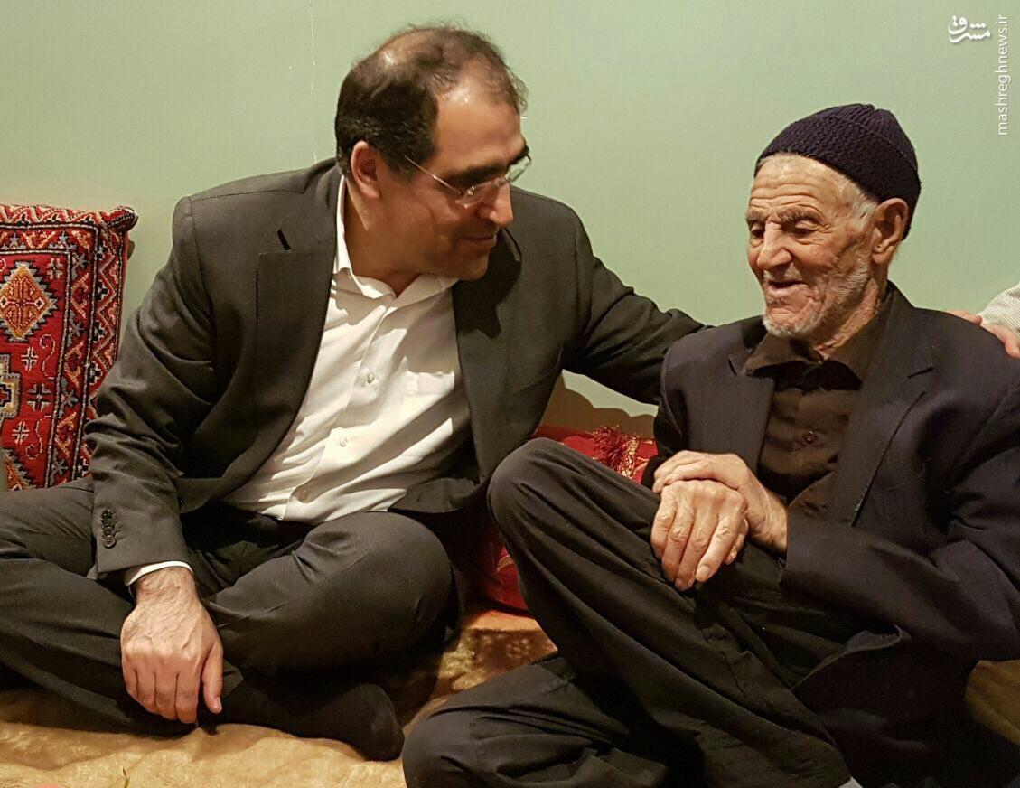 دیدار وزیر بهداشت با پدر حاج قاسم سلیمانی +عکس