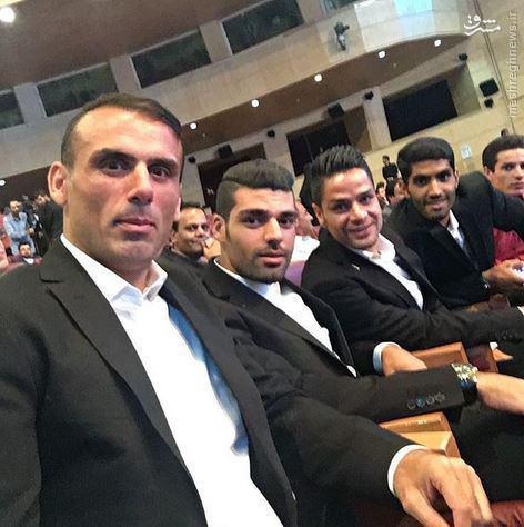 عکس/ سلفی ستاره های پرسپولیس در مراسم بهترین های لیگ