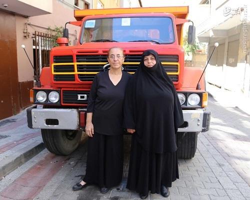 پیرزن ترکی که تنگه بسفر را با کامیون بست+عکس