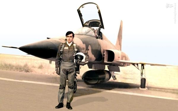 عکس / خلبانی که صدام دستور داد پیکرش را دو نیم کنند