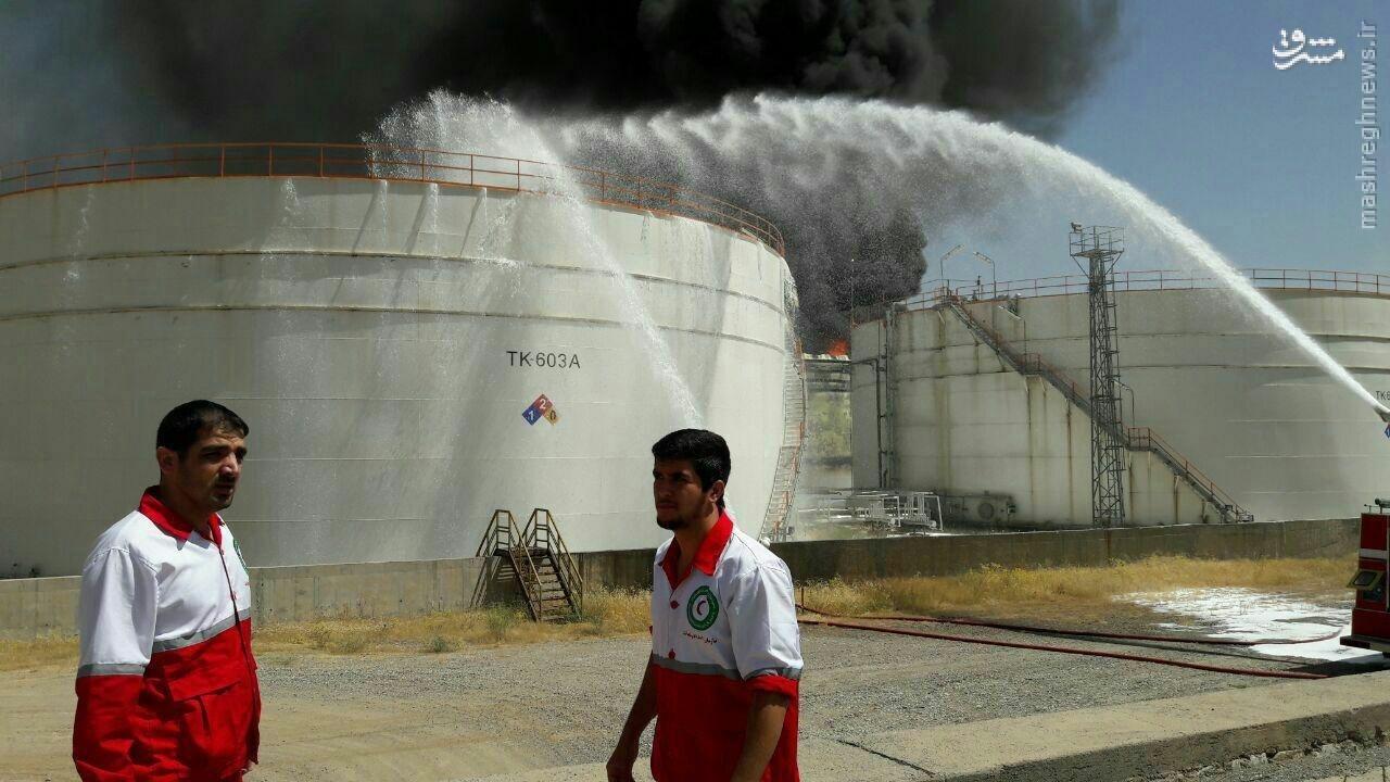 عکس/  آتشسوزی در پتروشیمی بیستون