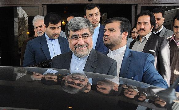 بیپروایی وزیر ارشاد در نادیده گرفتن فرمایشات رهبر انقلاب