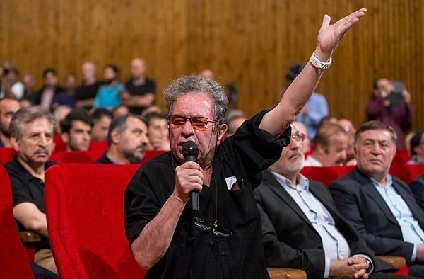آیا نیکی کریمی ب  پیوست داریوش مهرجویی:روی محسن چاوشی را کم میکنم!