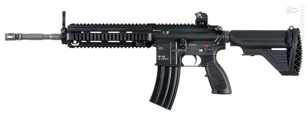 HK-416 به نوع طراحی قنداق و خشاب مورد استفاده دقت کنید