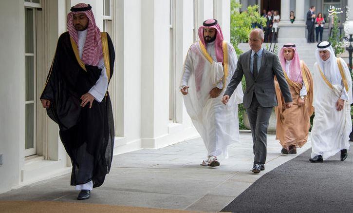 کمکهای میلیاردی عربستان به رسانههای تاثیر گذار آمریکایی/ دلارهایی که افکار عمومی را مدیریت میکنند +سند و جزئیات/ اماده انتشار فوری فوری
