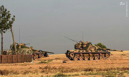ارسال کاروان های جدید زرهی ارتش ترکیه به سوریه+عکس