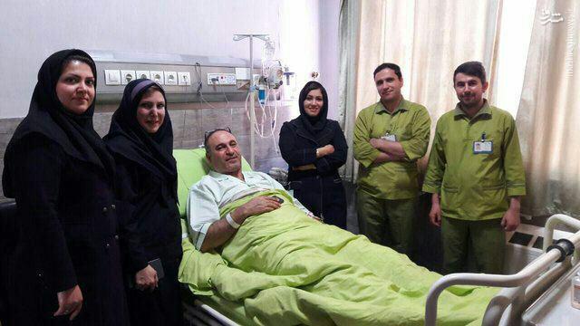 عکس/ فرخنژاد در بیمارستان بستری شد