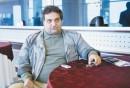داریوش یاری:تهیه کننده فیلم مستند مورد پسند امام را با چاقو جلوی خانه سینما زدند!