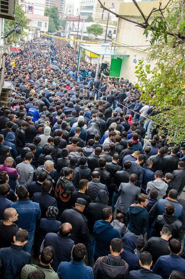 برای اولین بار تجمع عاشورایی در آذربایجان برگزار نشد/ دولت باکو چگونه شیعیان را حذف میکند/ شیعیانی که حق عزاداری اباعبدالله(ع) را نداشتند