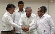 بزرگترین سازمان چریکی آمریکای لاتین سلاح خود را بر زمین میگذارد
