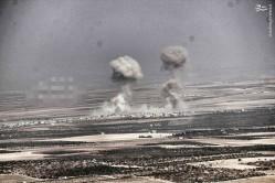 پیشروی گسترده ارتش سوریه در شمال حماه/ نبردهای شدید در شمال غوطه دمشق/ گسترش عملیات محور مقاومت در حلب/ سقوط دومینووار مواضع تروریستها در غوطه غربی دمشق/ طرح آمریکا برای اشغال دیرالزور توسط داعش +تصاویر، فیلم و نقشه