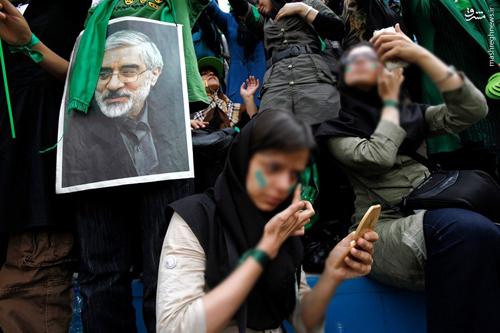 راهبرد هیلاری کلینتون در قبال ایران: افتخار به توافق هستهای و اقدام به براندازی