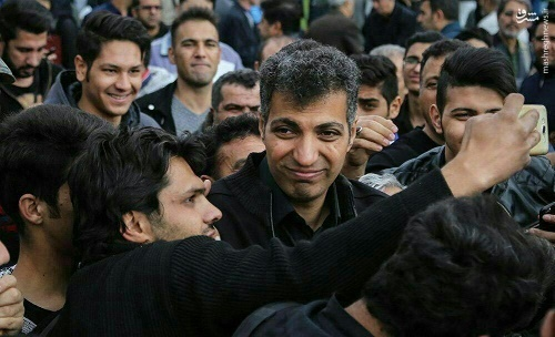 عکس/ صحنههایی زشت از مراسم تشییع پورحیدری