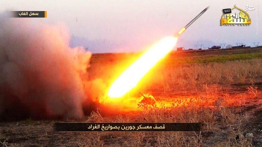 موشکباران پایگاه ارتش سوریه توسط تروریستهای چینی!+عکس