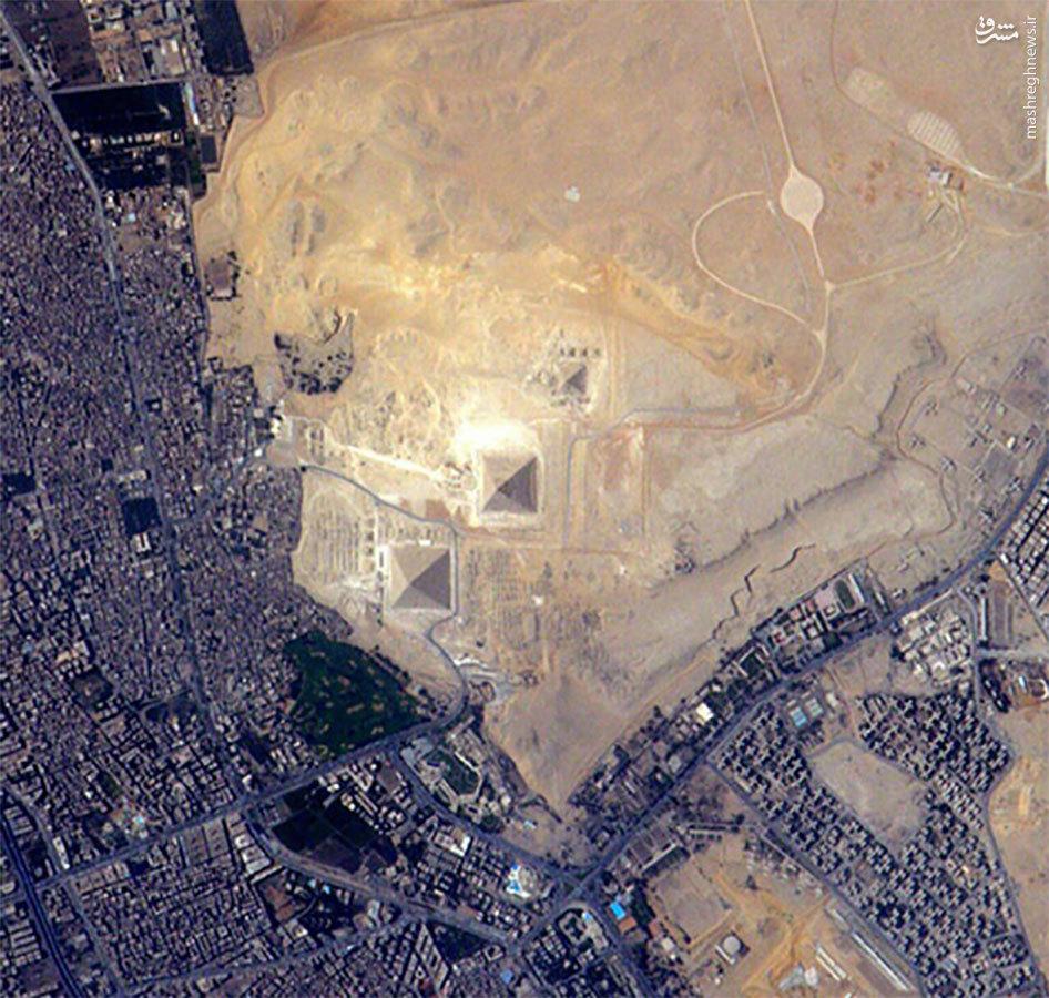 تصویر اهرام ثلاثه مصر از فضا +عکس