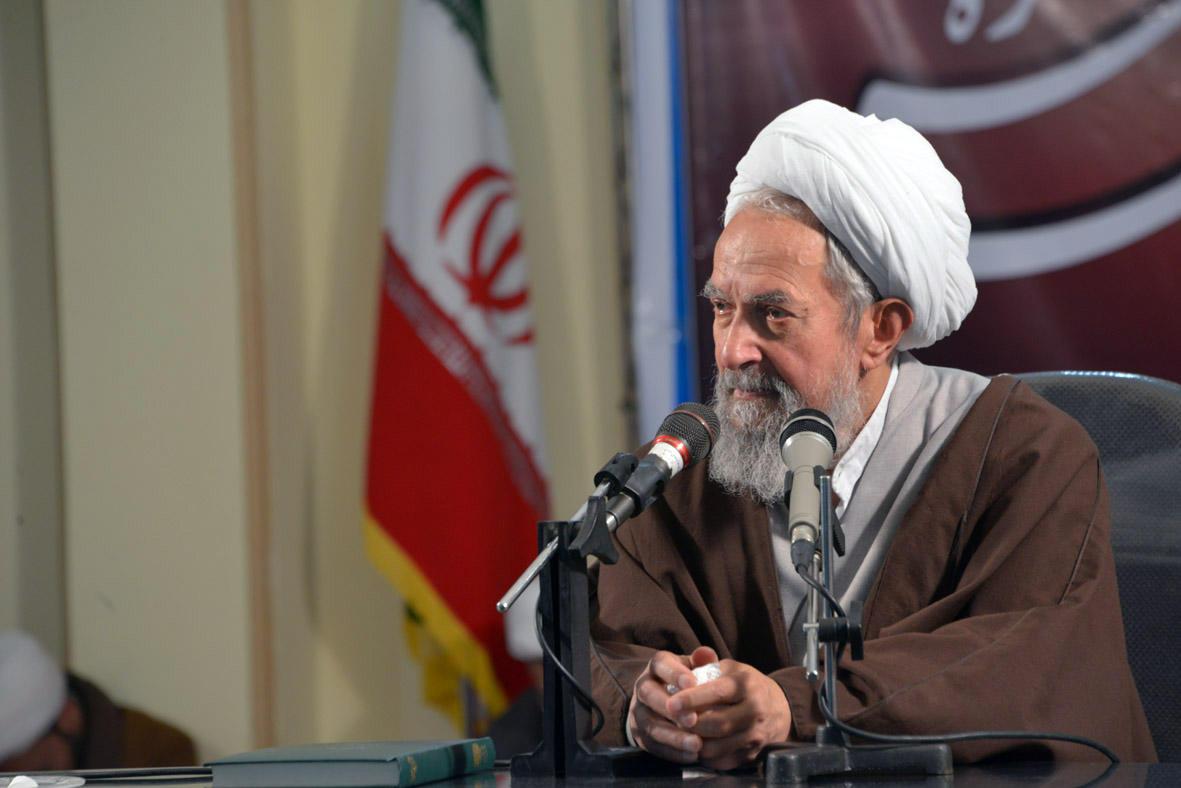 واکنش نمایندگان مردم مشهد در مجالس خبرگان و شورای اسلامی نسبت به ماجرای سخنرانی مطهری