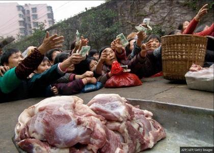 ازدحام مردم برای خرید گوشت تازه!