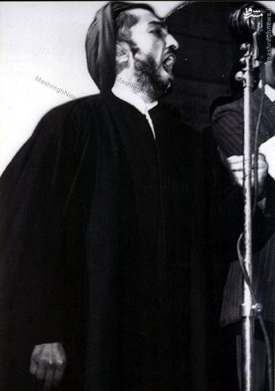 شهید نواب صفوی در حال سخنرانی در دانشگاه قاهره<br /> <br />