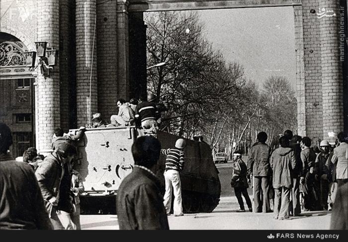 11- درگیری مردم با عوامل ارتش در اطراف کمیته مشترک ضدخرابکاری در 21بهمن 57