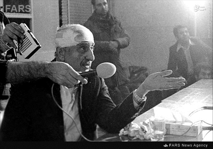 14-نعمت الله نصیری رئیس سابق ساواک پس از دستگیری به دست مردم در21 بهمن 57
