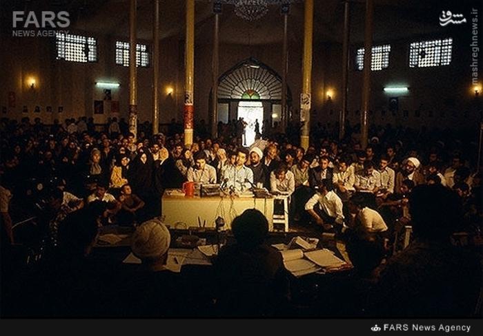 16- نمایی از محاکمه «تهرانی»و«آرش»دوتن از شکنجه گران  کمیته مشترک ضد خرابکاری که توسط آیتالله محمدی گیلانی انجام شد