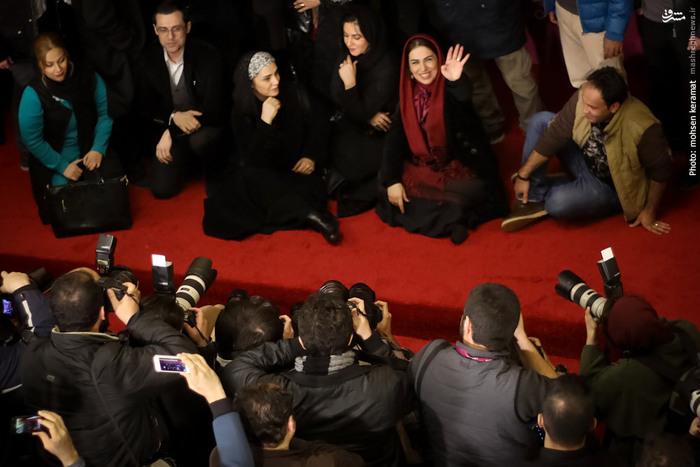 تینا پاکروان، کارگردان فیلم سینمایی