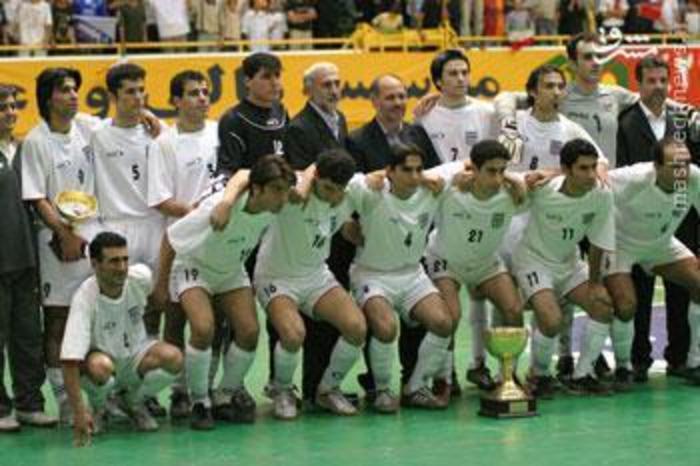 این بازی چهار جانبه بود. ایران، اوکراین، برزیل و تیم امید، ما اول شدیم. با برزیل مساوی کردیم. همان برزیل در دنیا دوم شد و ما در جام جهانی اوت شدیم.