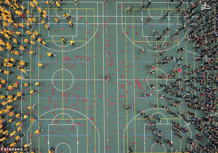 دانشجویان دانشگاه آلبرتادر کانادا توانستند بار دیگر رکورد بزرگترین بازی وسطی جهان را بشکنند.
