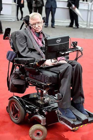 پروفسور 'استیون هاوکینگ' فیزیکدان و کیهان شناس سرشناس