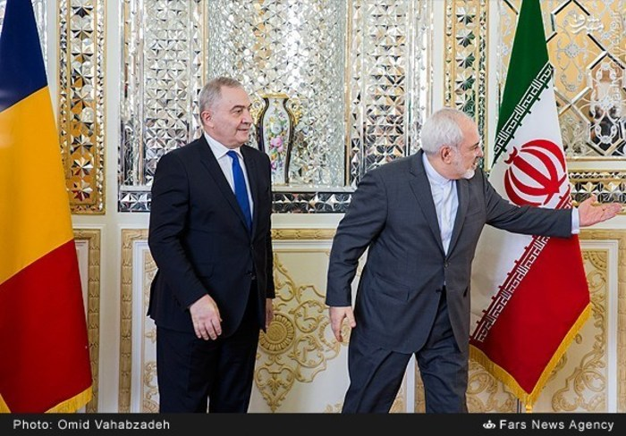 resized 1504134 281 عکس/ دیدار وزرای خارجه ایران و همچنین رومانی
