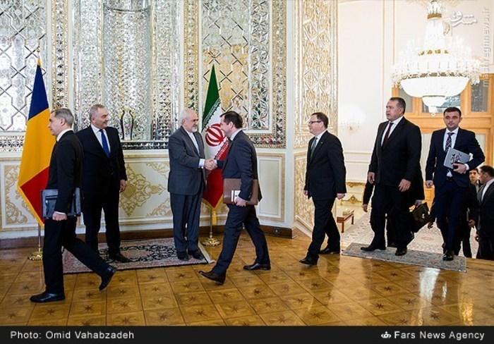 resized 1504135 925 عکس/ دیدار وزرای خارجه ایران و همچنین رومانی